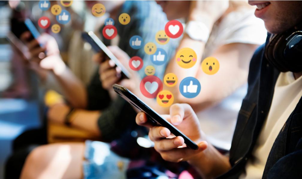 Como os novos comportamentos de consumo influenciam nas redes sociais